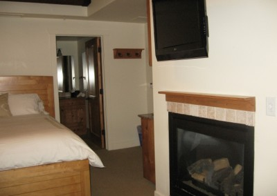 Fireplace-Suite213B